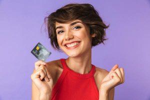 Envie de disposer d'un important pouvoir d'achat dans votre quotidien? Vous pouvez opter pour une demande de carte de crédit.
